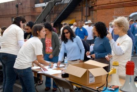 Grant Recipients Volunteer at the Festival